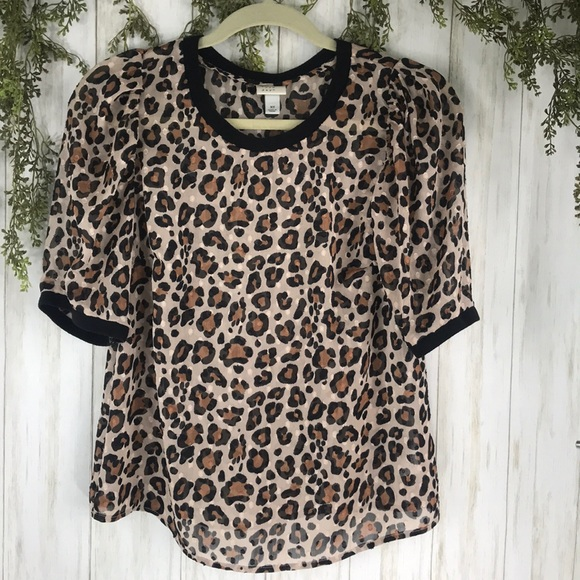 Leopard Print semi sheer top. XS